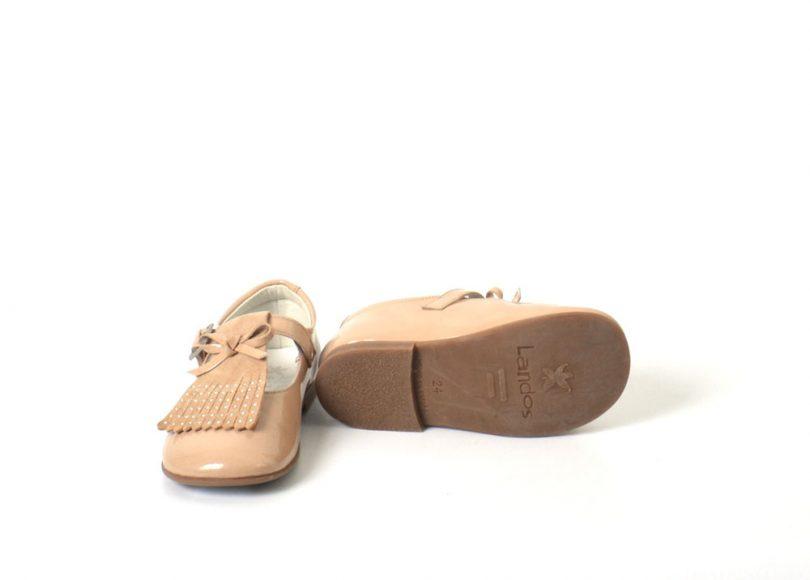 zapatos beige landos