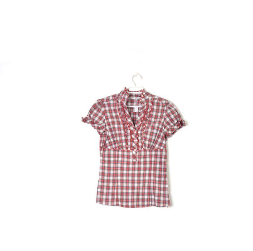 camisa cuadros manga corta rojo, blanco y negro fórmula joven
