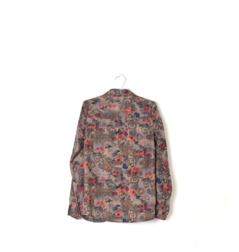 camisa marron manga larga estampada flores An Gel espalda