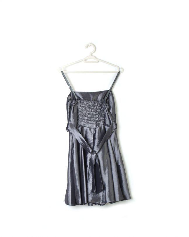 vestido gris plata fiesta tiras lazo raso espalda