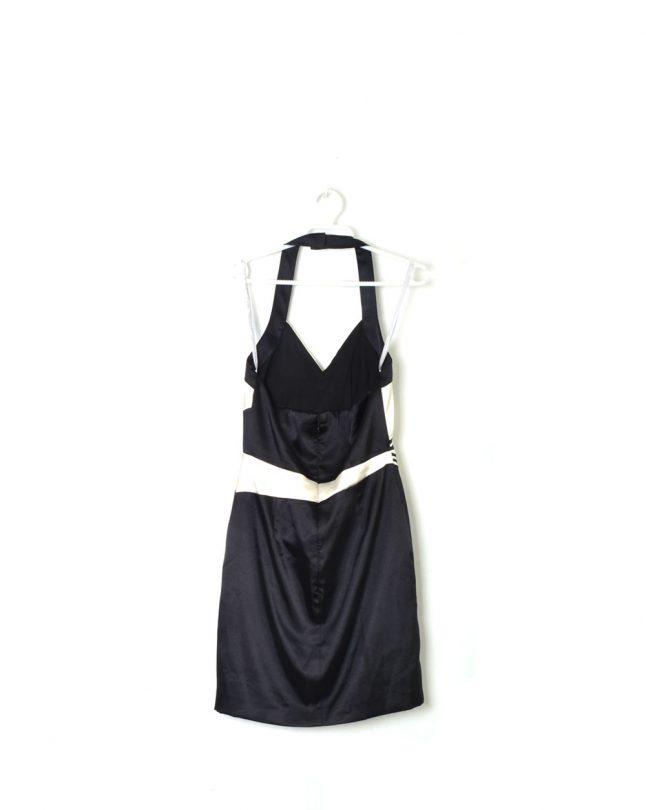vestido atado al cuello negro y blanco easy wear