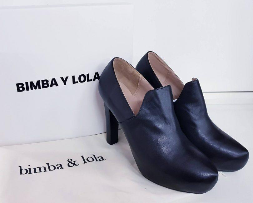 zapatos negros tacón bimba y lola