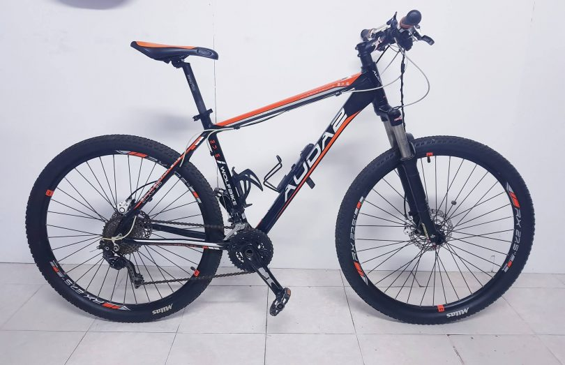 Bicicleta Wolfbike 27.5 AUDA 2 Gold Edition Bike Claw 3D