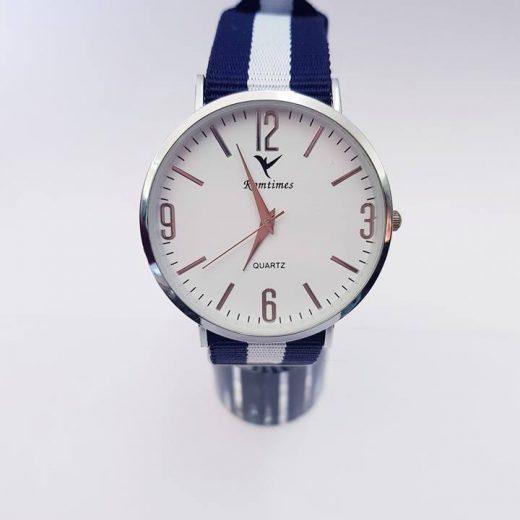 Reloj Romtimes