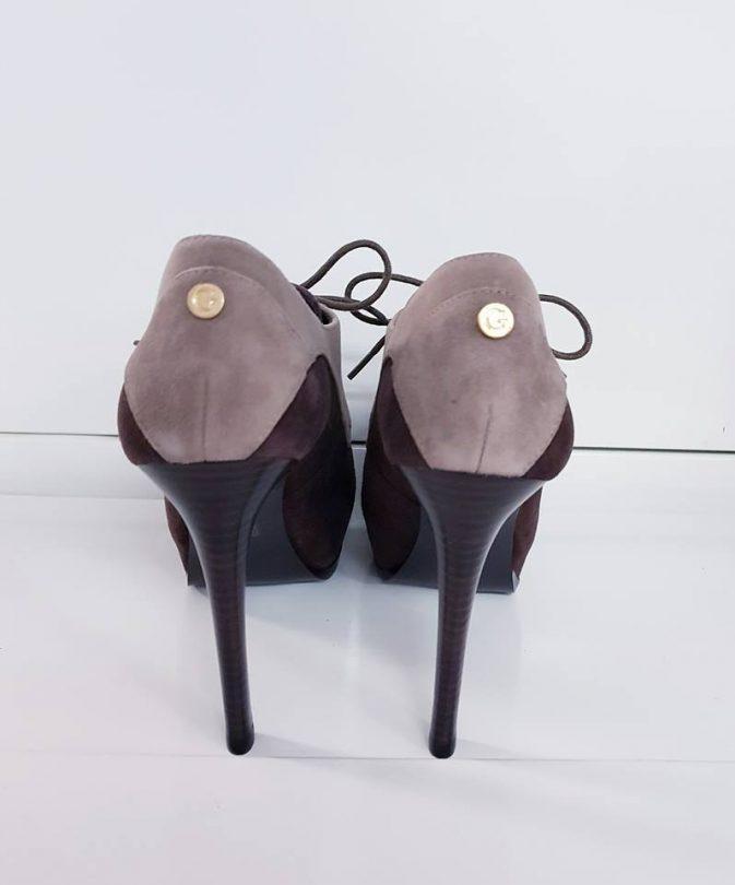 Zapatos tacon plataforma abotinados piel GUESS tacón
