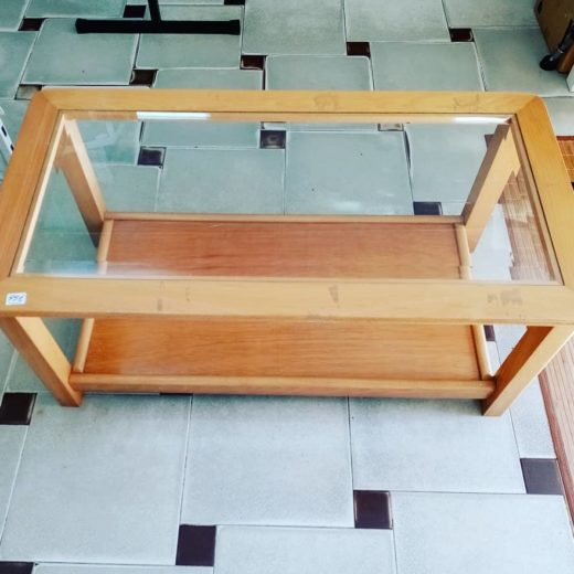 Mesa auxiliar centro madera y cristal