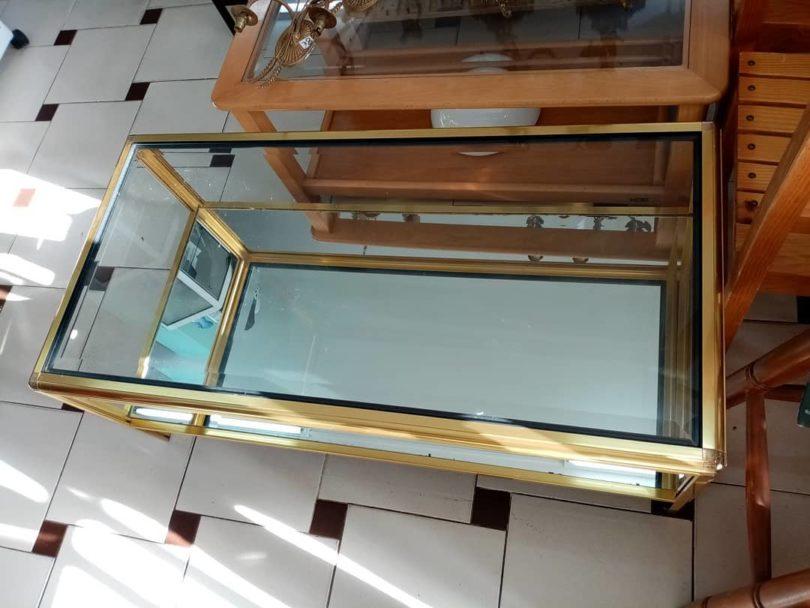 Mesa de Cristal y aluminio dorado con espejo 2