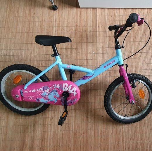 """Bicicleta Btwin azul y rosa 16"""""""